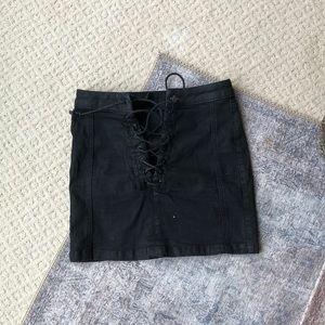 URBAN OUTFITTERS BDG LACE UP SKIRT